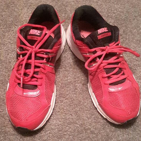 76489985e38a24 Men Nike Dart 10 Running Shoe. M 5a8987809cc7ef9540fd60da